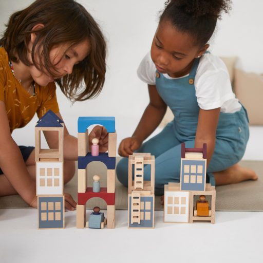 Lubulona Lubu Town city with Tunnel Blocks construction wooden toy with kid playing