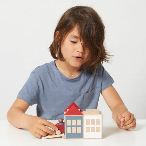 Lubulona Lubu Town Summerville Mini wooden construction city with kid