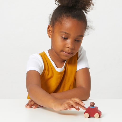Lubulona Wooden Car Red with figure with kid