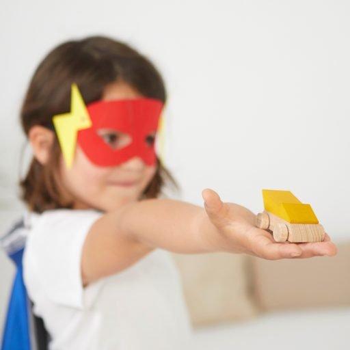 Lubulona Supercars - Lightning with kid